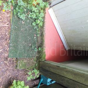 garden toilet entrance